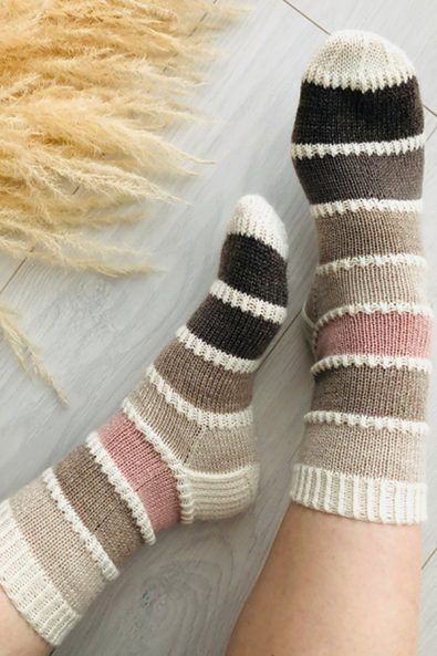 30-free-more-free-patterns-for-crochet-socks-ideas-new-2020