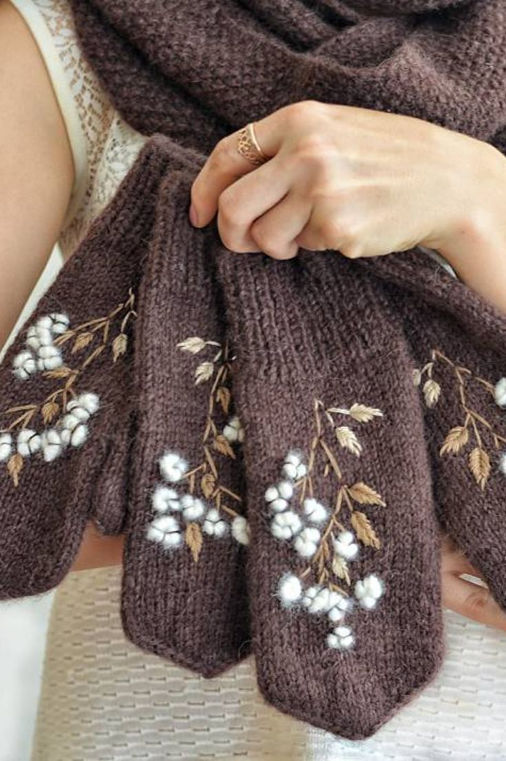 30-free-pretty-crochet-arm-warmers-and-fantail-cute-stitch-fingerless-gloves-patterns-new-2020