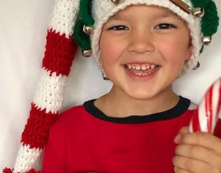 30-free-crochet-christmas-santa-hat-pattern-ideas-2020