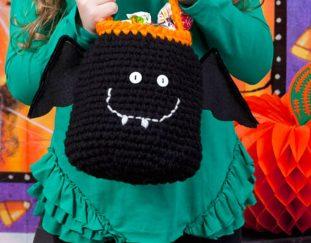 free-easy-happy-bat-bag-crochet-kids-pattern-2020