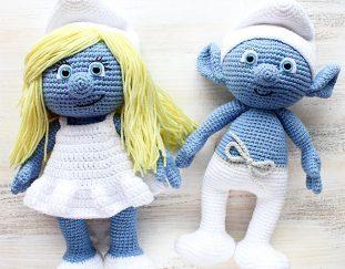 crochet-smurfette-amigurumi-free-pattern-2020