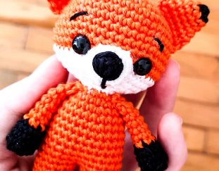 cuddle-me-fox-amigurumi-pattern-2020